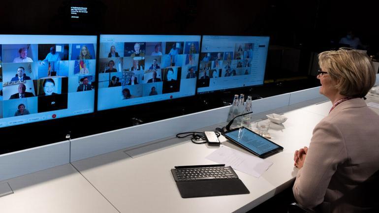Bundesforschungsministerin A. Karliczek eröffnet die virtuelle Sitzung des Bioöknonomierates. Foto: © BMBF/Hans-Joachim Rickel